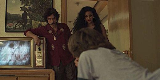 'Luis Miguel: la serie': 6 momentos de machismo ochentero