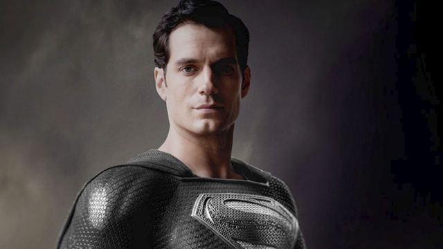 'Snyder Cut': Nueva foto de Superman con el traje negro