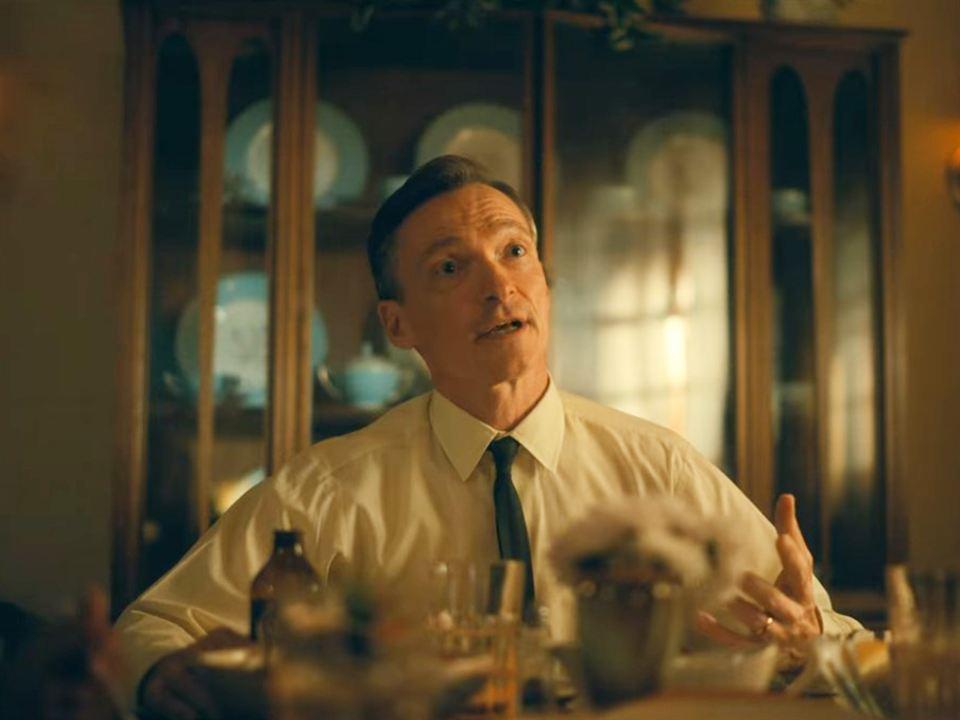 Stephen Bogaert es Carl Cooper en 'The Umbrella Academy' - Temporada 2