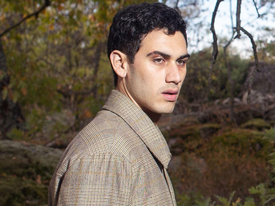 Alejandro Speitzer es Gabino en 'Alguien tiene que morir'