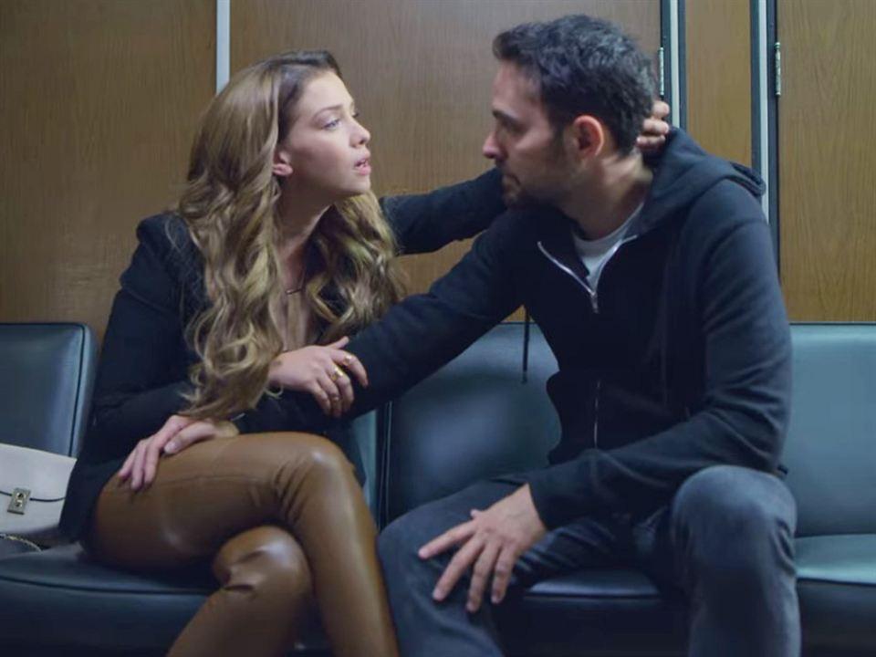 ¿Álex y Elisa por fin tendrán una relación seria?